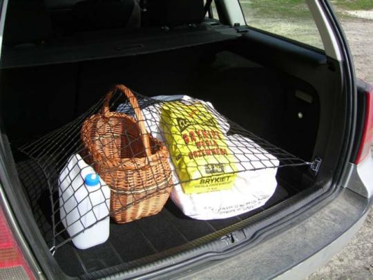 Siatki do bagażnika -  rozmiar pod model samochodu