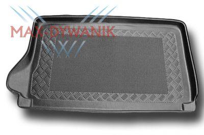 Aristar 192498 dywanik do bagażnika Suzuki Grand Vitara napęd 4x4 od 1998-2003r.